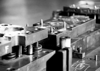 Werkzeug Und Maschinenbau11